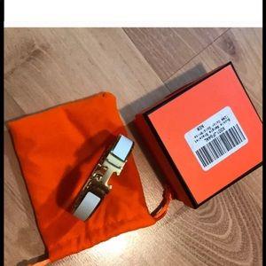 White&Gold H bracelet 💄